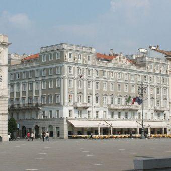 Ljubljanske kavarne so dobivale kavo iz Trsta.