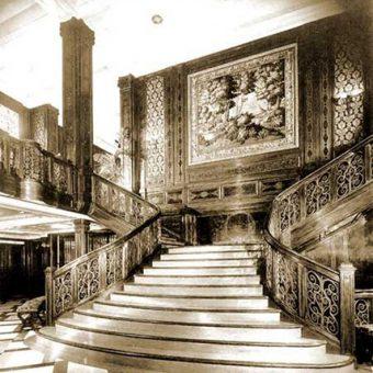 Veličastno stopnišče v prvem razredu ladje Rex leta 1931