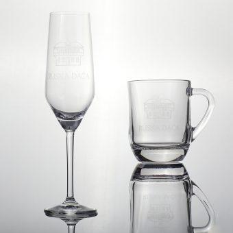 Kozarec Ruska dača in šampanjski kozarec