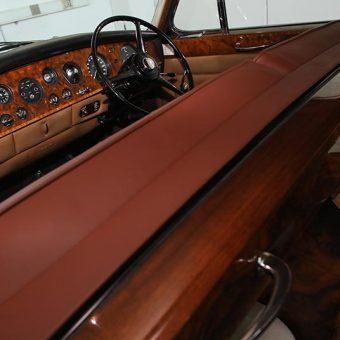 Rolls Royce in prekrasna notranjost