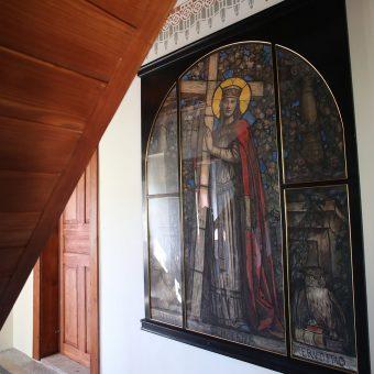 Slika Svete Helene krasi pritličje Ruske dače.