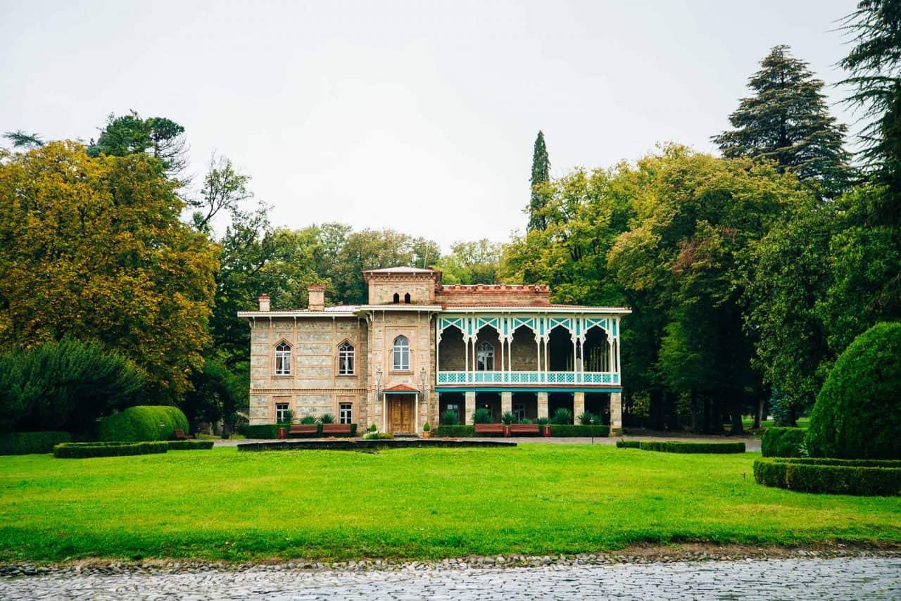 Dvorec Tsinandali rodbine Chavhavadze v pokrajini Kakheti v Gruziji, v katerem je otroštvo preživela princesa Nino