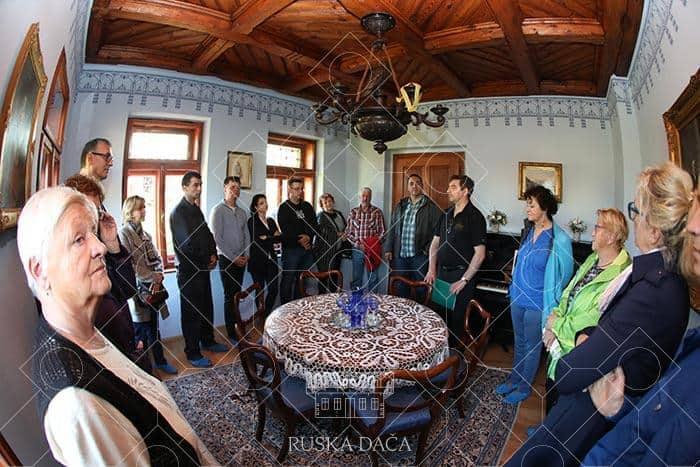 Ogled modre sobe v Ruski dači