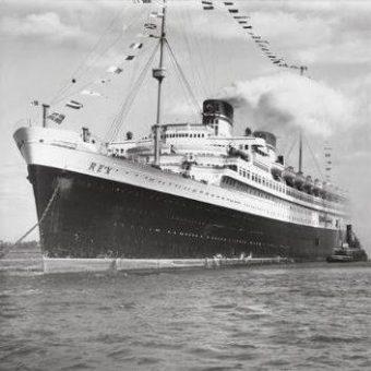 Razkošna čezoceanska ladja Rex