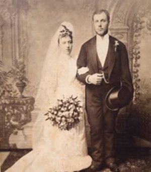 Poročna fotografija Marije in Franca Petriča
