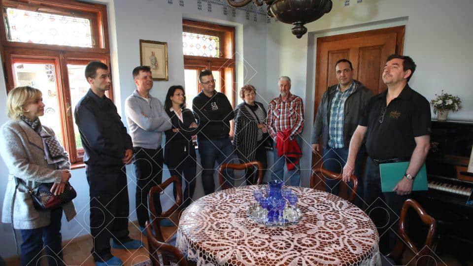 Modra ali cesarska soba v pritličju Ruske dače