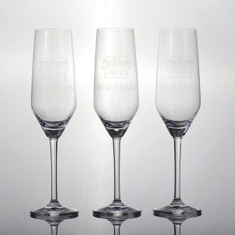 Ruska dača kozarec za šampanjec