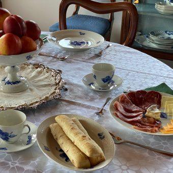 Zajtrk v vili Ruska dača.